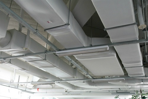 What is the Difference Between Ductless vs. Ducted Air Conditioning Systems?